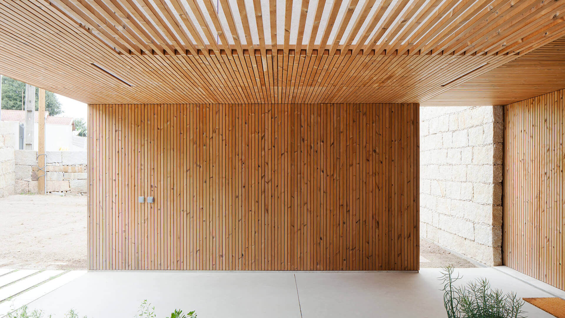 Lunawood Private House In Penafiel Sustainable
