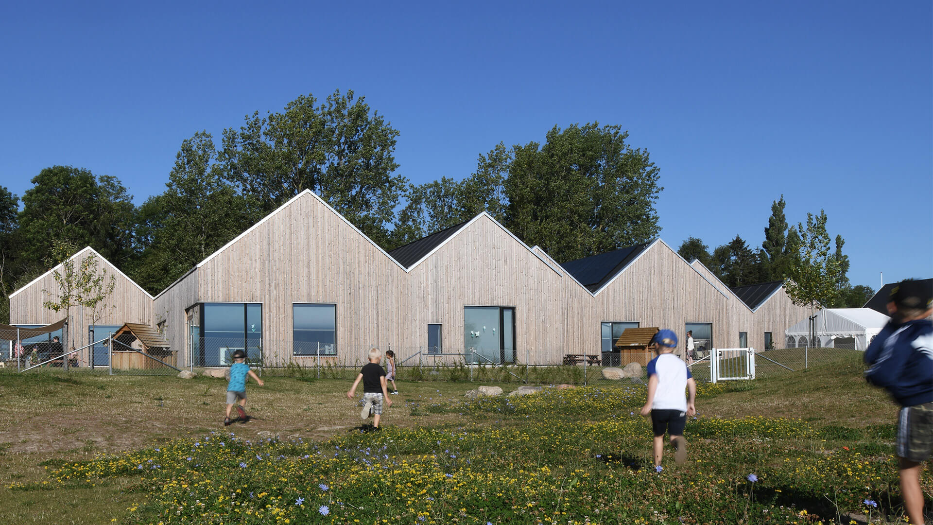 Savannen Nursery with Lunawood Thermowood facade