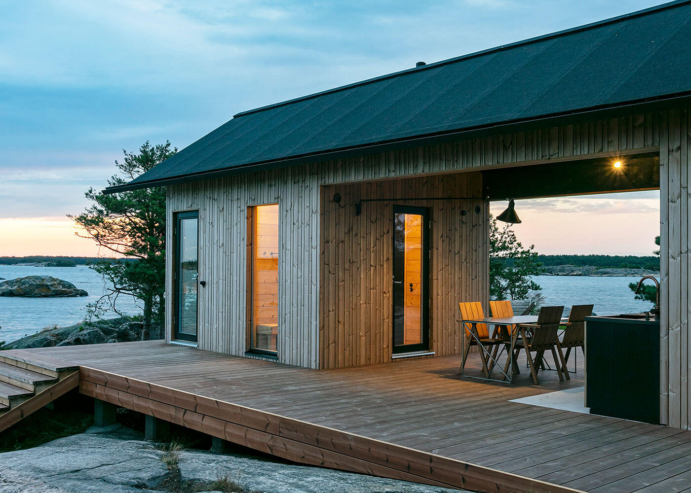 Project Ö cabin with lunwood thermowood cladding